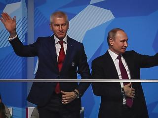 A nap képe: Putyin sporteseményen jópofizott