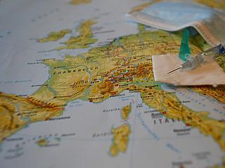 Az első hét mérlege: félmillióan szerezték be az uniós védettségi igazolást