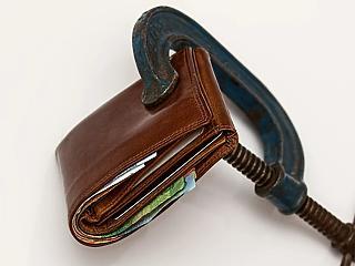 Bértárgyalások: jövőre csökkenhet a kisvállalati adó is