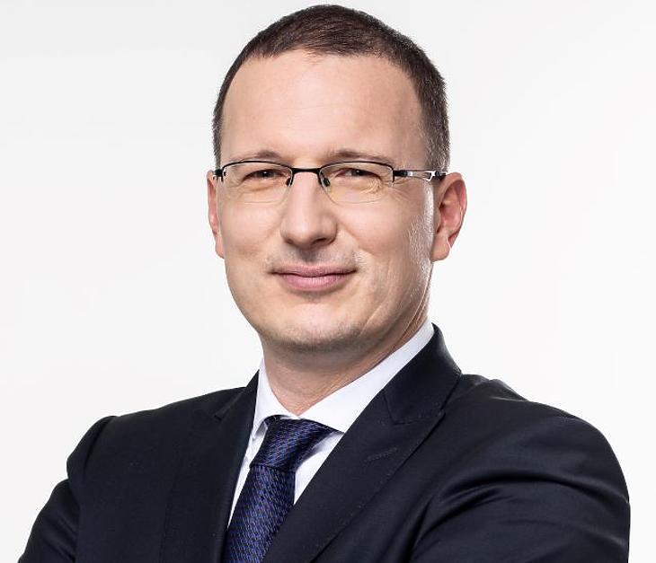 Egerszegi Ádám, a Takarékbank alelnöke és általános vezérigazgató-helyettese. Fotó: Takarékbank