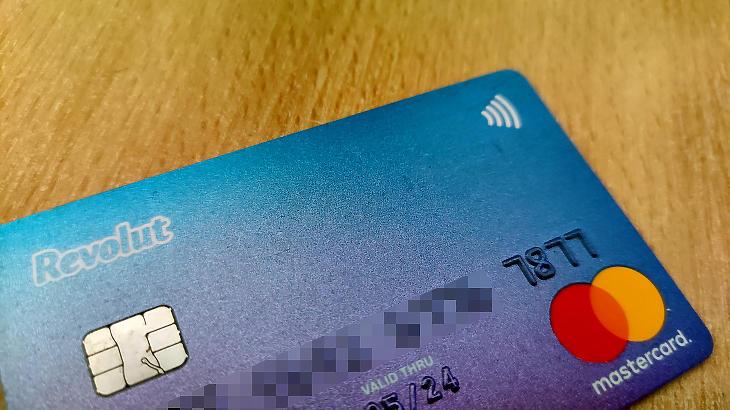 Több mint félmillió embernek lehet ilyen kártyája Magyarországon, ha igényelték. Fotó: Mfor/Privátbankár