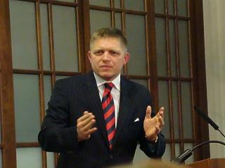 Brutális minimálbér-emelésre készülnek a szlovákok