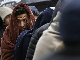 Merkel szerint új rendszer kell az EU-s menekültügyben