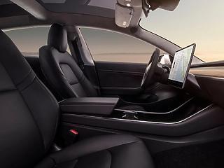 Tesla Model 3 akár készletről is? Igen!