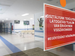 Tombol a járvány: lassan megtelnek a kórházak?