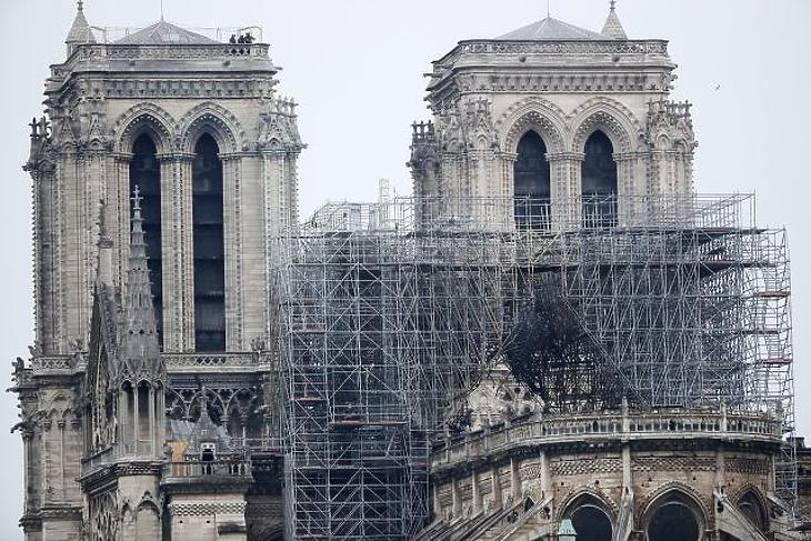 A nap képe: ennyi maradt reggelre a Notre-Dame-ból