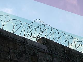 Új börtön épül ott, ahol a menekülteket is tartották