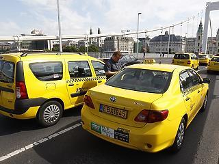 Miért emeltek árat a taxisok? Tarlós magyarázkodik